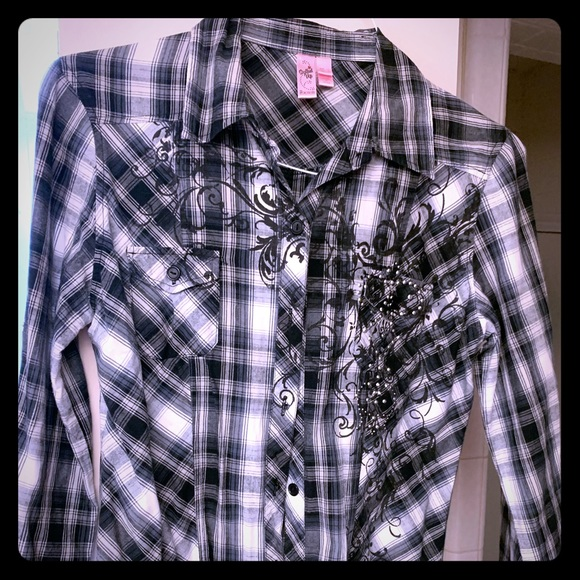 Dolled Up Tops - Dolled Up 3/4 sleeve button down shirt with bling